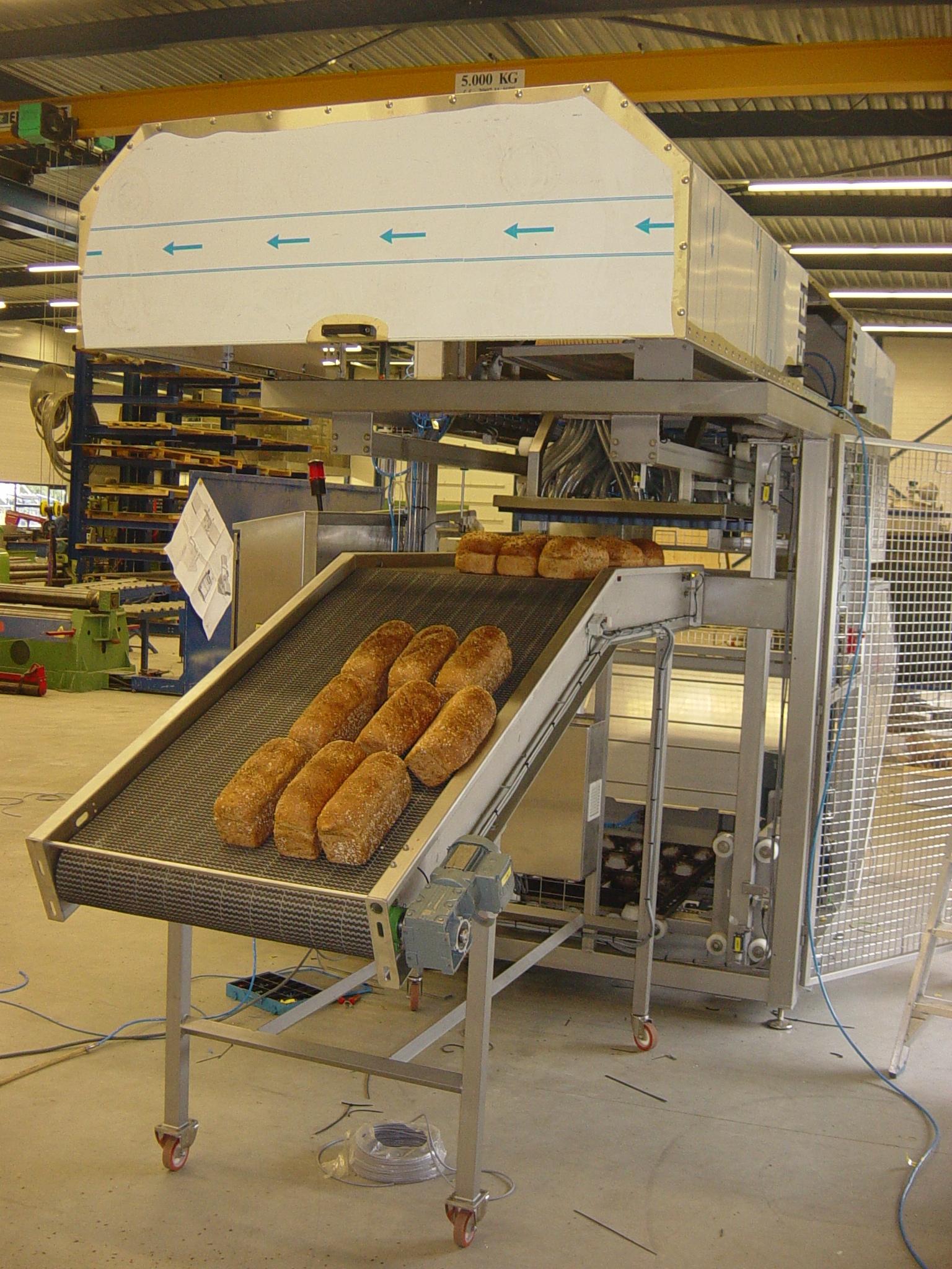 2007-0301 Broodkarontlader 08