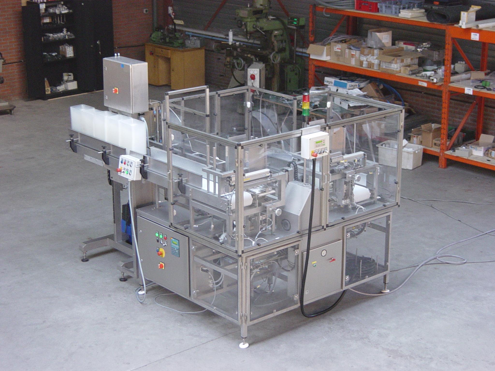 2003-1001 Soak Pad loader 12
