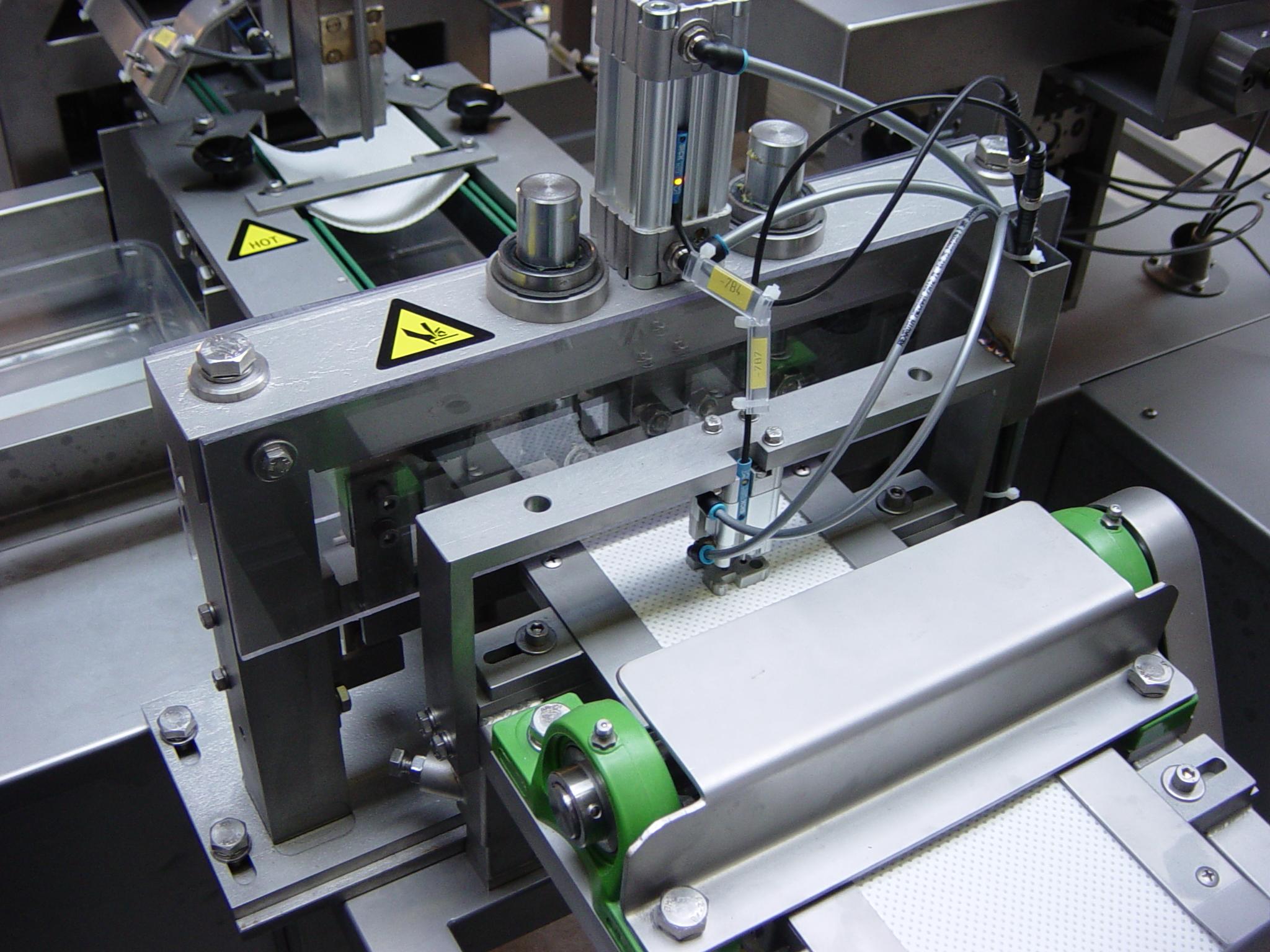 2003-1001 Soak Pad loader 18