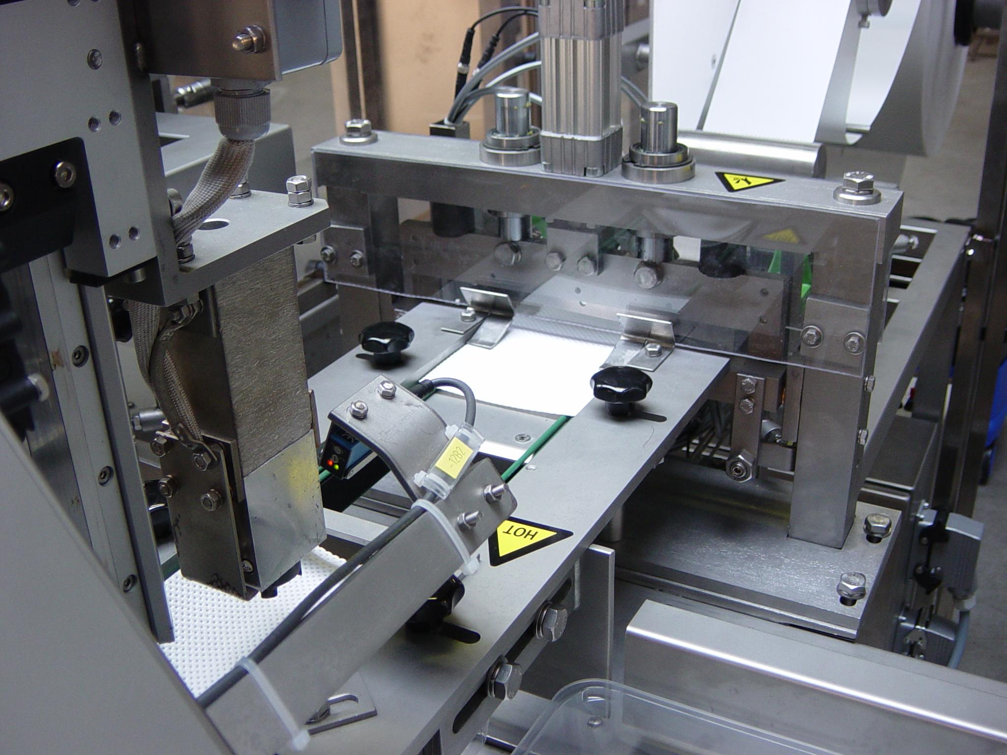 2003-1001 Soak Pad loader 19
