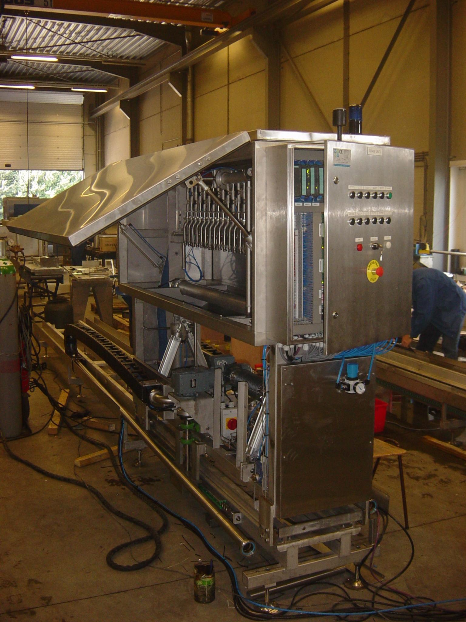 2005-0602 TU Afvullijn Juicedosering 08